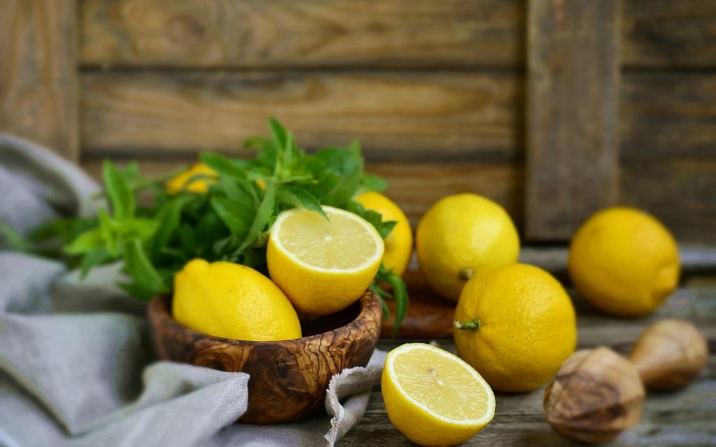 Чем полезен лимон