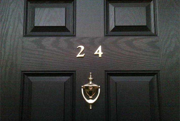 Номер на двери