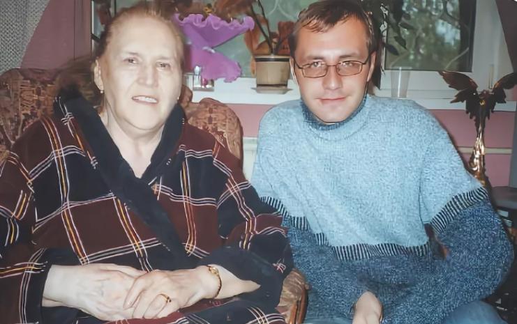 Внук Нонны Мордюковой
