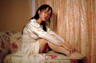 Девушка азиатка модель