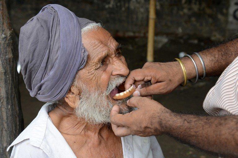 Стоматолог в Индии