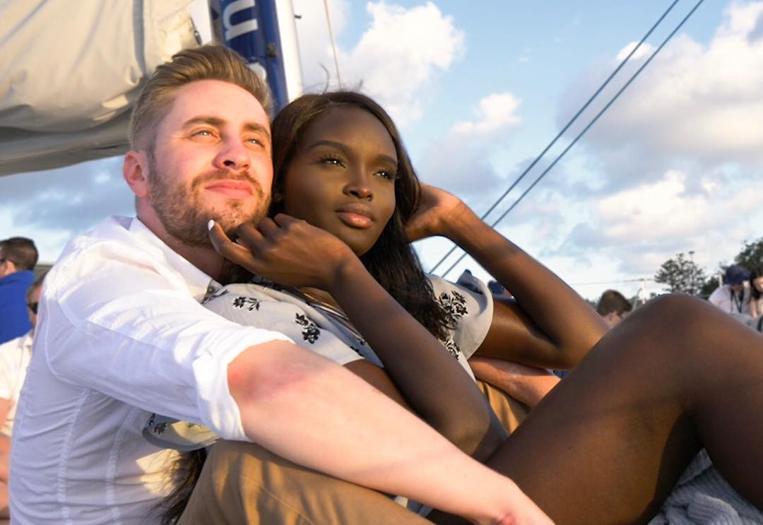 Перкинс молодая пара