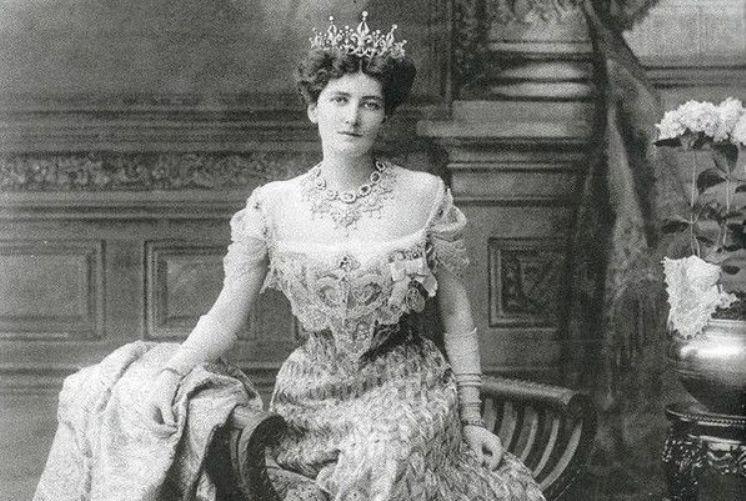 Мэри Керзон