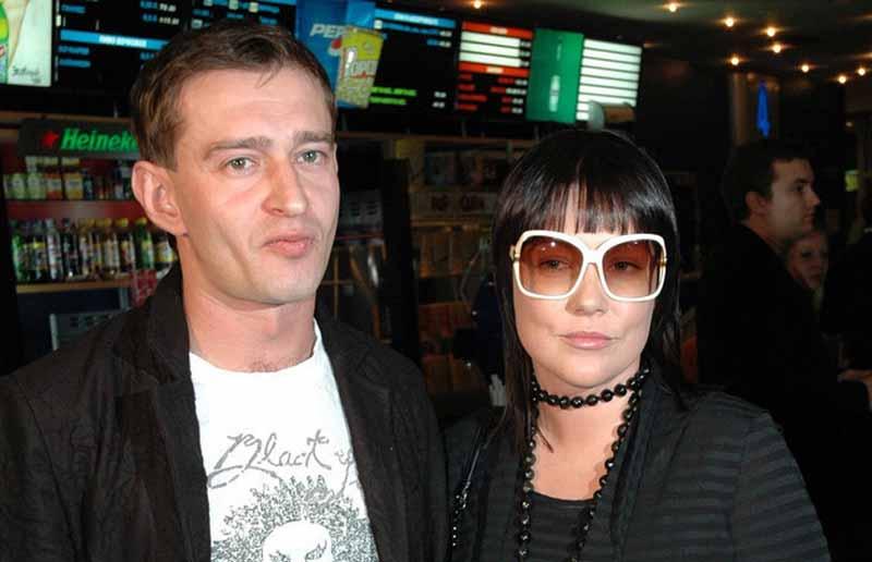 Хабенский поженился с Анастасией в 2000 году.