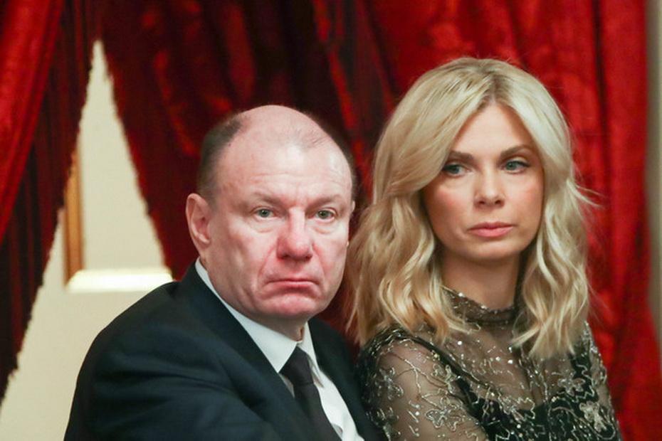 Екатерина Потанинас мужем