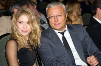 Депутат Госдумы с женой