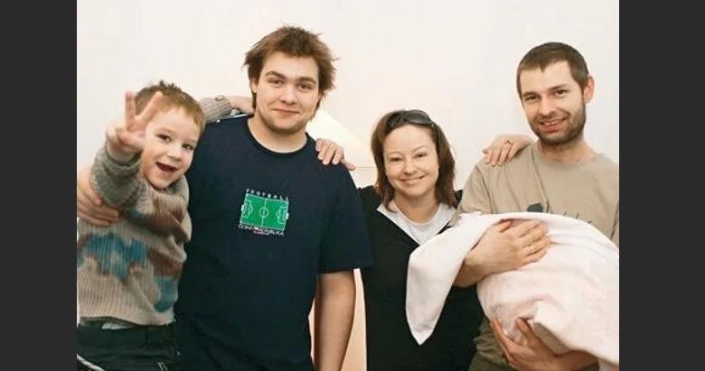 Семья Добровольской